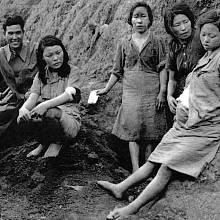 Comfort women sloužily k potěšení japonských vojáků.