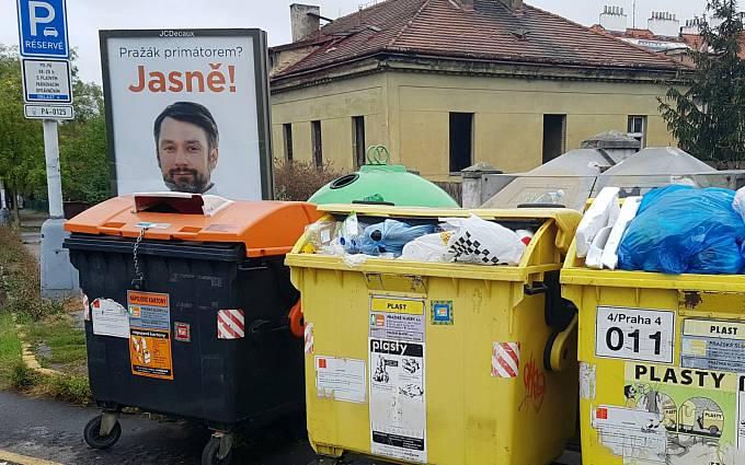 Předvolební kampaň v pražských Nuslích, zachycená fotografem Eugenem Kuklou