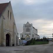 Opatství Ardennes, kde došlo v červnu 1944 k masakru kanadských zajatců