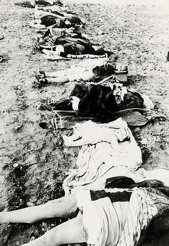 Předpokládá se, že vojáky Rudé armády byly znásilněny nejméně dva miliony německých žen.