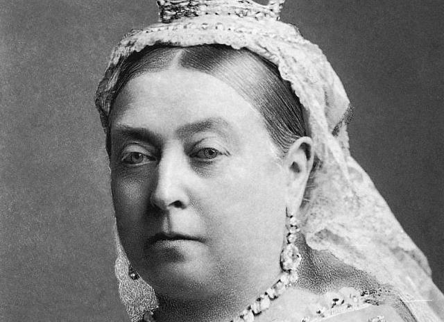 Královna Viktorie byla jedlík. Ksnídani si matka devíti dětí dopřávala kaši, ryby, vejce, toast, později si oblíbila uzenou tresku.