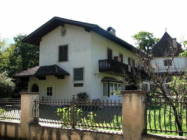 Dům vdnešním severoitalském Bressanone, kde vletech 1851až 1855nuceně pobýval Karel Havlíček Borovský