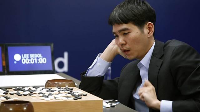 Zápas v go mezi programem AlphaGo a Lee Se-dolem