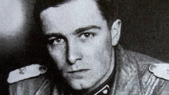 """Joachim Peiper, nacistický vrah, kterému se dostalo """"spravedlnosti"""""""