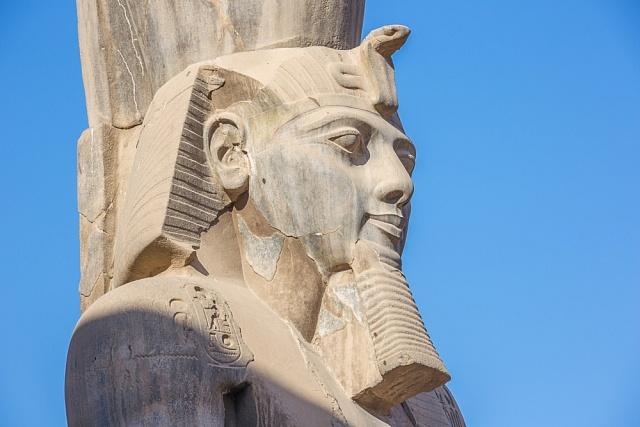 Ramesse II. - socha vLuxoru