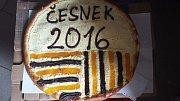 Český česnek neroste v umělých podmínkách