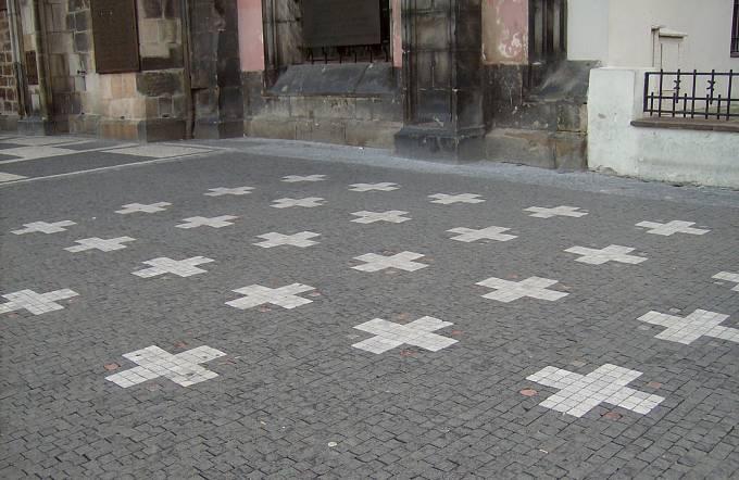 27 křížů na místě popravy