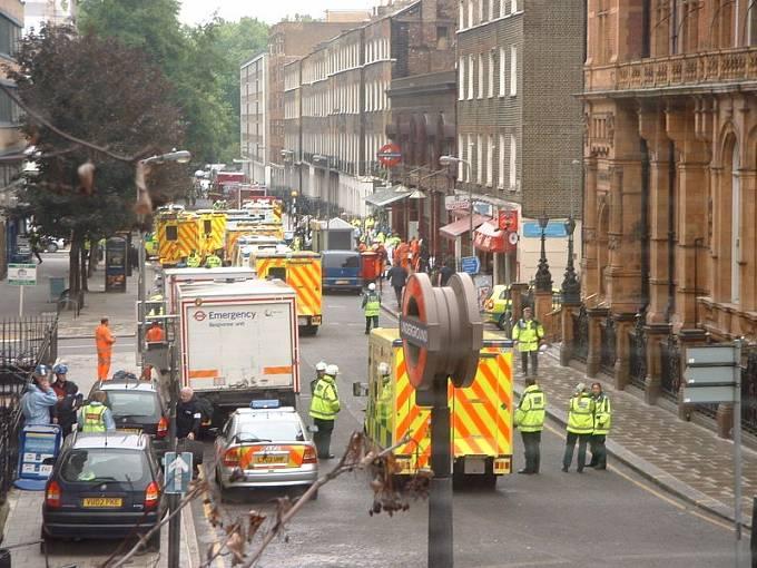 7. 7. 2005, Londýn, Spojené království, 52 mrtvých