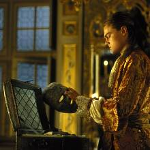 Leonardo diCaprio ve filmu Muž se železnou maskou