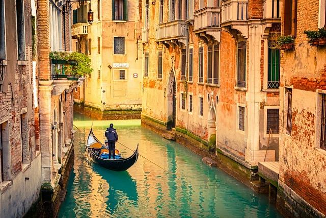 V Benátkách ceny ubytování oproti říjnu spadly v průměru o 43 procent.