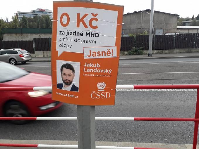 """Strategii """"slibem nezarmoutíš"""" razí ČSSD očividně i v Praze"""