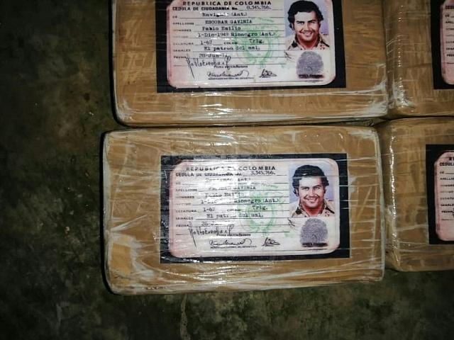 Pablo Escobar byl tak bohatý, že nikdo nedokázal jeho majetek spočítat…