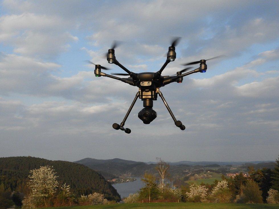 Dron pomáhá i při archeologických výzkumech