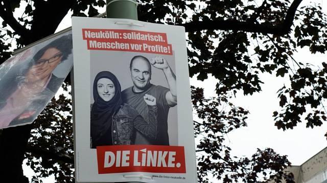 Předvolební plakát postkomunistické Levice. Lidé místo profitu!