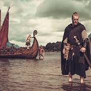 Když se řekne jídlo a Vikingové, tak nás pravděpodobně jako první napadne představa obrovské honosné hostiny po krvavé bitvě.