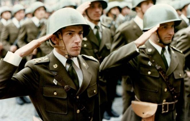 chodit s mužem v armádě