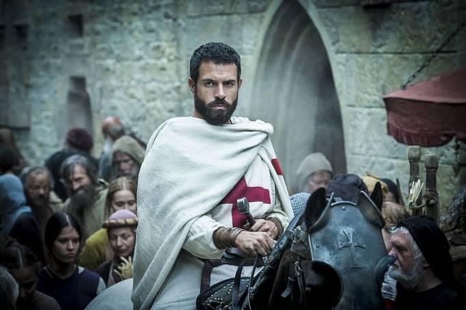 Seriál Soumrak templářů (Knightfall) s Tomem Cullenem