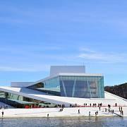 Opera v Oslu přezdívaná také Grand Opera je dominantou města tyčící se nedaleko od jeho centra. Otevřena byla v roce 2008.
