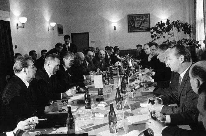Ani v Čierné nad Tisou, ani následně v Bratislavě nevedly rozhovory k jasnému závěru