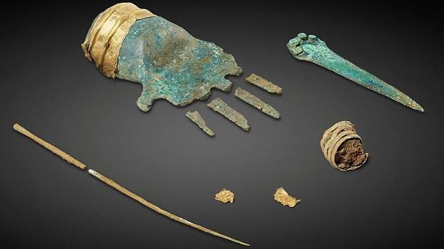 Bronzová ruka nalezená u Bielského jezera