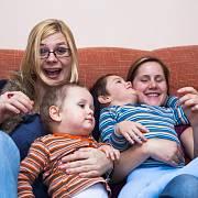 Nový výzkum se zaměřil na děti rodičů s menšinovou sexuální orientací