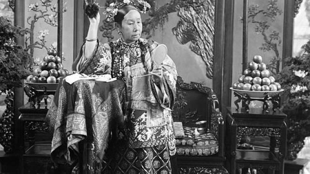 Dračí císařovna Tz'u-hsi vládla krutou rukou