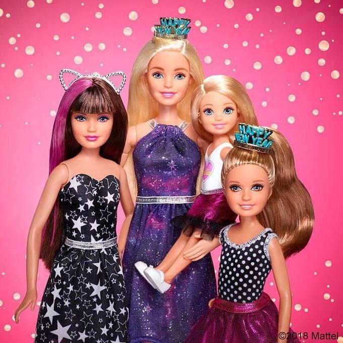 Během času se rodina Barbie rozrostla