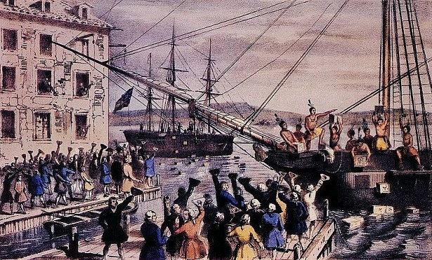 Americkou válku za nezávislost odstartoval protest proti britským daním, kdy rozlícení kolonisté – později Američané – svrhli vBostonu do moře bedny sčajem. USA se pak definovaly jako otevřené společenství občanů unie.