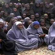 Unesené dívky na videu Boko Haram v roce 2014