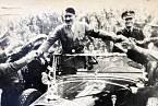 Hitler byl zvyklý na samé ovace.
