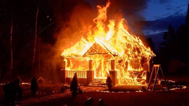 Požár se nepodařilo včas uhasit - ilustrační foto