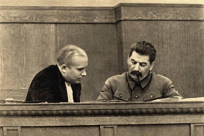 Josif Stalin a Nikita Chruščov