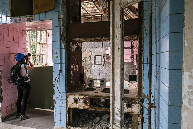Budova bývalého plicního sanatoria láká pozornost žurnalistů a fotografů