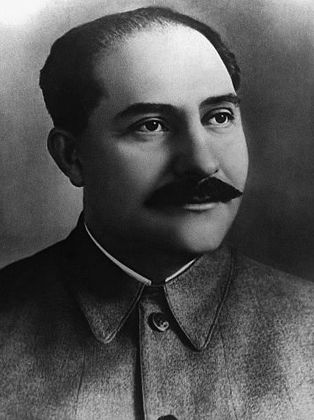 Třetí údajná Stalinova manželka měla být příbuznou Lazara Kaganoviče.
