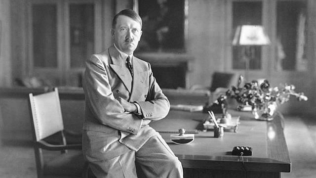 Adolf Hitler se považoval za umělce více než za politika