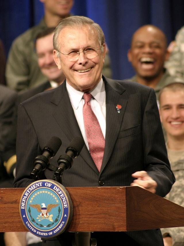 První šéf kanceláře prezidenta Geralda Forda Donald Rumsfeld byl posléze dvakrát americkým ministrem obrany.