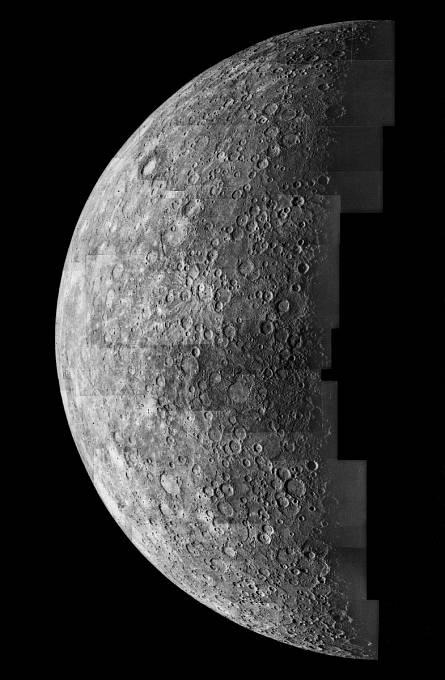 Mozaika složená ze snímků, které v roce 1974 pořídila sonda Mariner 10.