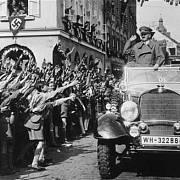 Sudetští Němci Hitlera vítali.