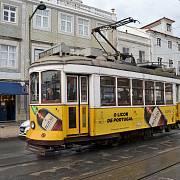 Typická lisabonská tramvaj