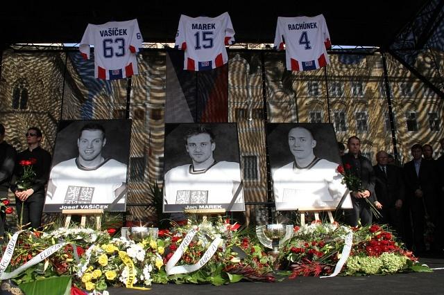 Fotografie českých hokejistů, kteří zahynuli při leteckém neštěstí uJaroslavle
