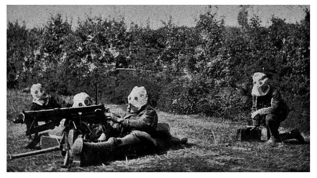 Vojáci s maskou během chemického útoku