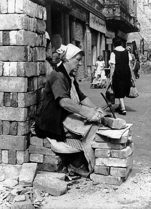 Sutinové ženy