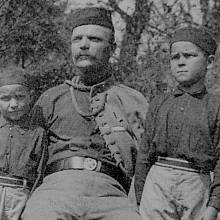 Václav Švéda (vlevo) s otcem Františkem a bratrem Zdeňkem za první republiky