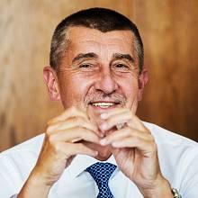 Zrušení srážkové daně z dividend, které navrhuje ministr financí Andrej Babiš, by přineslo prospěch i jemu samému.