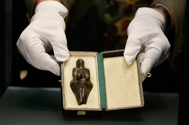 Věstonická Venuše vNárodním muzeu vPraze