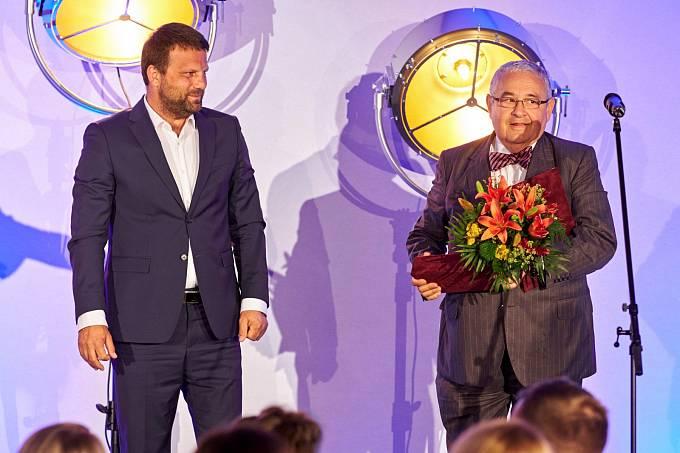 Michal Donath (vpravo) s předsedou Výkonné rady české Asociace public relations agentur Janem Kučmášem