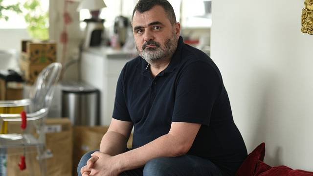 Frédéric Desnard vysoudil za nudnou práci milion korun.