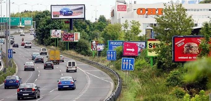 Stav u pražského výjezdu na dálnici D1