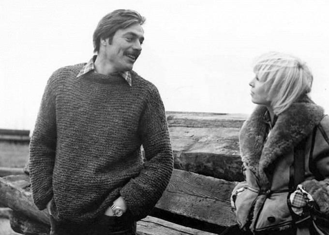 Juraj Kukura a Hana Čížková ve snímku Postavení mimo hru (1979)