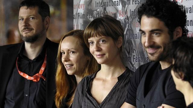 Andreas Prochaska, Alanté Kavaitéová, Sonja Heissová a Inaki Dorronsoro na festivalu v Karlových Varech